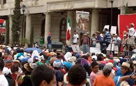 Los maestros de Guerrero piden renuncia del nuevo gobernador Ortega.