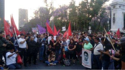 42 meses exigiendo justicia por normalistas de Ayotzinapa