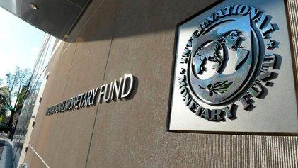 Cambios en el gobierno: salen los CEO, entra el FMI