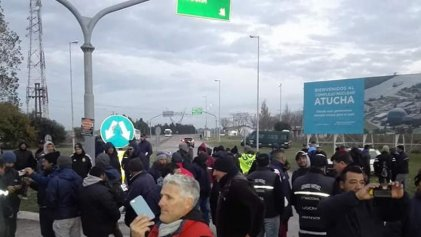 Atucha: cien trabajadores suspendidos para renegociar contratos de obra