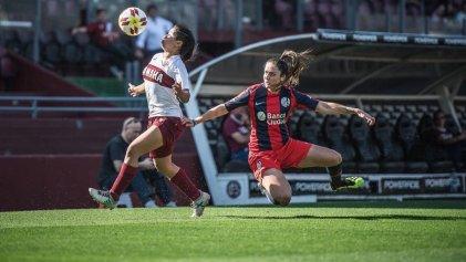 Doblete de Macarena Sánchez en San Lorenzo y goleada de Boca en el primer superclásico profesional