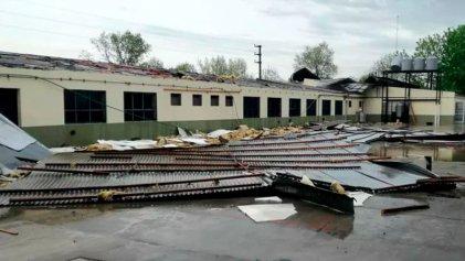 Guernica: se voló el techo de una escuela por las lluvias de la madrugada