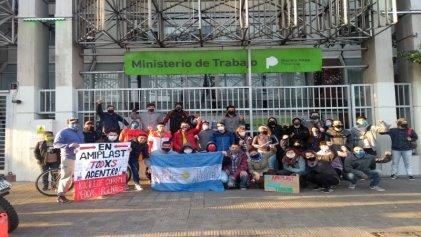 """Carta abierta de los trabajadores de Amiplast: """"Basta de despidos, precarización y amenazas"""""""