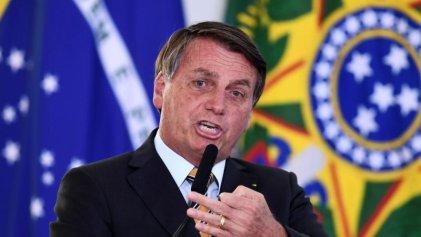 """Bolsonaro amenaza a Biden con """"pólvora"""" en la disputa por quién lucra más con la Amazonía"""