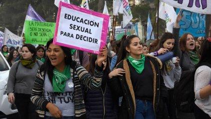 Aborto legal: la educación sexual y la injerencia religiosa en los proyectos en debate