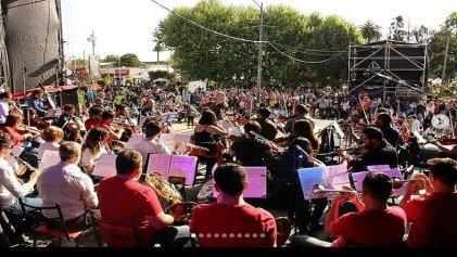 La orquesta sinfónica de Pilar se plantó contra el intendente Achával