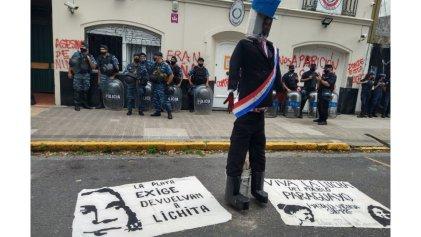 La Plata: realizan acto por la aparición de Lichita, niña desaparecida por el Estado paraguayo