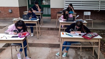 Presencialidad en las escuelas porteñas: ¿Todos deciden menos la docencia y las familias?
