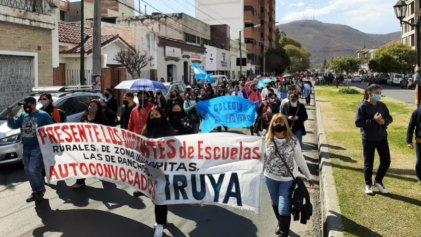 Gobierno de Salta acordó 15 % con los sindicatos: el paro docente sigue
