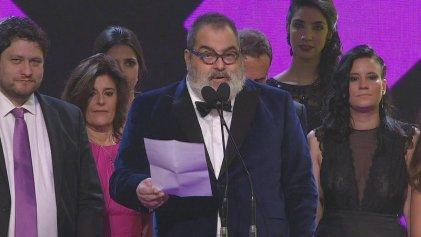 Martín Fierro 2016: Lanata ganó el de oro y se lo dedicó a Cristina Fernández