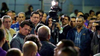"""Peña Nieto recibe a deportados y les ofrece """"apoyo"""" ínfimo"""