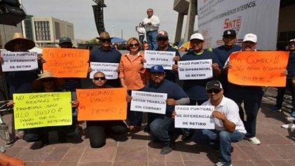 Baja California: más de 45 mil maestros en huelga