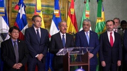 """""""Con avances"""" en el pacto del chavismo y oposición en República Dominicana a espaldas del pueblo"""
