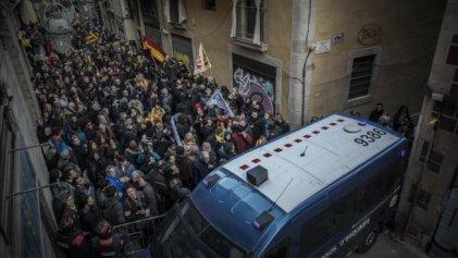 Concentraciones de rechazo a la visita del rey en Barcelona