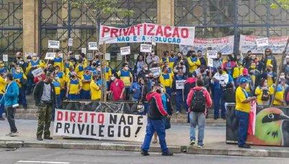 Trabajadores del correo de Brasil realizan jornada nacional de lucha