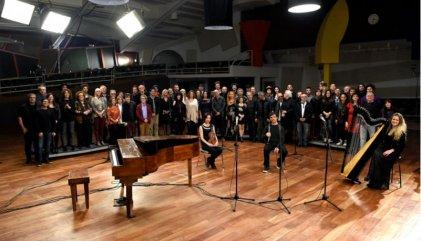"""Cien músicos cantan """"La Memoria"""" de León Gieco y piden justicia por la AMIA"""