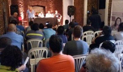 Charla sobre la reforma laboral organizada por la AGTSyP