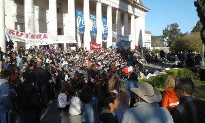 Bahía Blanca: Una invitación para la organización estudiantil frente a la crisis