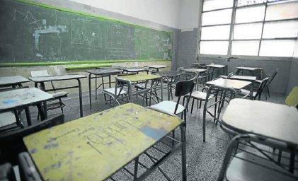 Denuncian que en Mendoza cierran cursos sin avisar y dejan a docentes sin trabajo