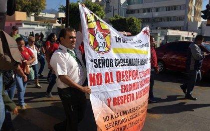 Un potente movimiento de médicos, enfermeros y administrativos conmueve Oaxaca
