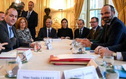 Macron insiste con la reforma que desató las protestas
