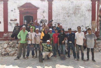Migrantes centroamericanos detienen su paso en apoyo a Oaxaca