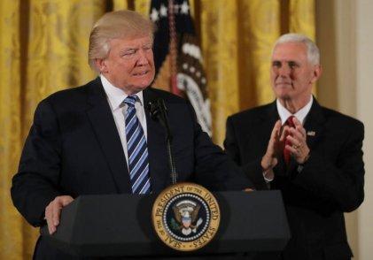 Según Trump, México pagará el muro con impuesto a sus importaciones