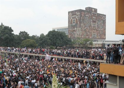 [Fotogalería] Cientos de miles de estudiantes toman las calles en defensa de la universidad de México