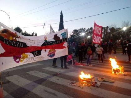 Berisso: corte y movilización por Sandra y Rubén