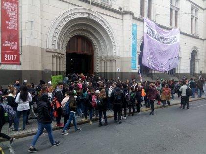 El kirchnerismo y el ALDE-PCR ganan la FUR a espaldas de los estudiantes y de la crisis en curso