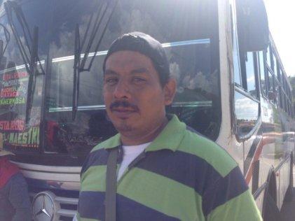 ¡Libertad a Othón Nazariega Segura y a los maestros presos!