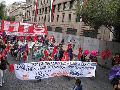 Importante movilización en el 46 aniversario de la masacre en Tlatelolco