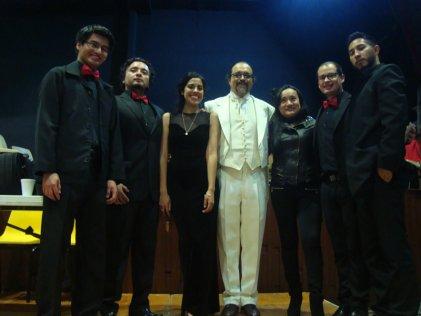México: Filarmónica de la Universidad dedica concierto a los 43 normalistas desaparecidos
