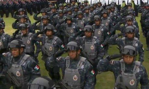 Oaxaca: gendarmes a las escuelas