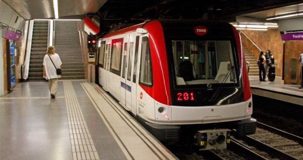 Trabajadores del metro de Barcelona irán a la huelga en enero