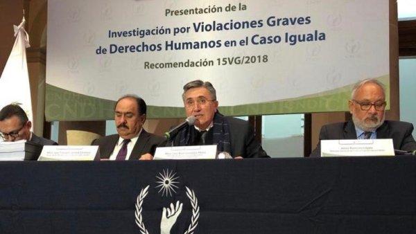 """CNDH avala aspectos clave de la repudiada """"verdad histórica"""" sobre Ayotzinapa"""