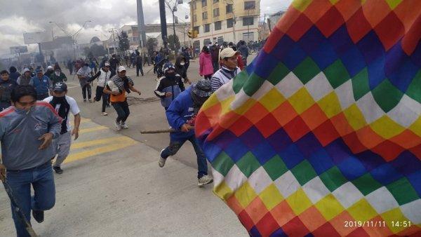 Bolivia vivió una jornada de fuerte movilización en El Alto contra el golpe de Estado