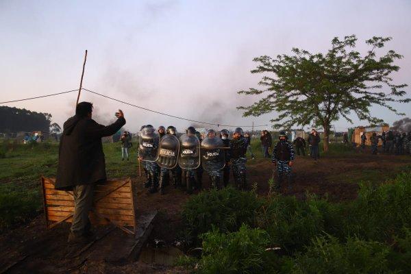 Argentina: brutal represión y resistencia al desalojo en la toma de tierras de Guernica
